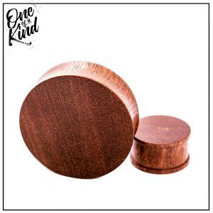 MAHOGANY custom plug UK